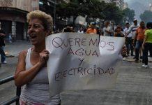 Habitantes de la urbanización Terrazas del Ávila protestaron por falta de agua y seguridad