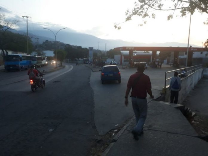 estaciones de servicio, Guarenas