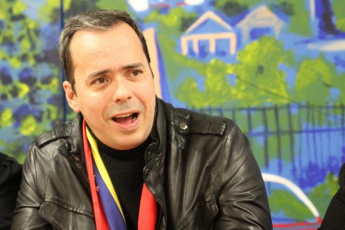 JJ Rendón apoya el uso de la fuerza para salir de Maduro
