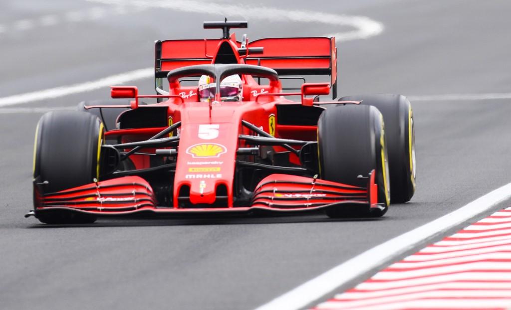 Hamilton gana en Hungría y es líder de la Fórmula 1 2