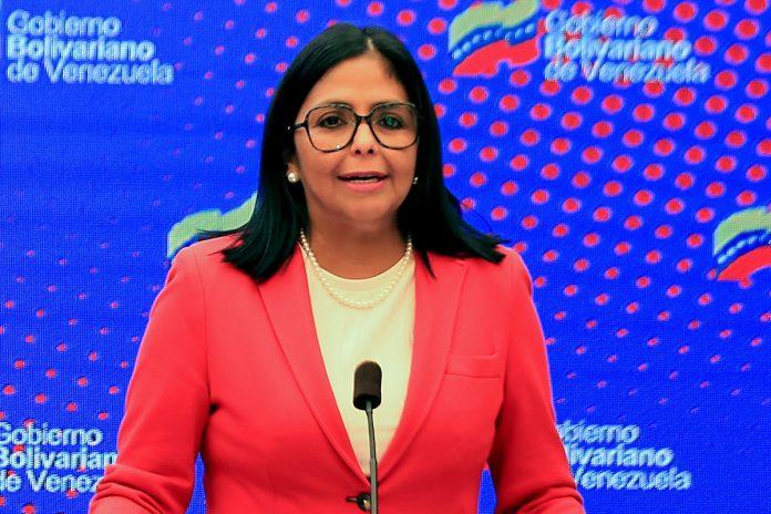 Delcy Rodríguez, Gobierno de España premió con una embajada al inspector del aeropuerto de Barajas durante el Delcygate- España Delcygate