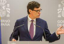 España urge a cortar brotes de covid-19 mientras siguen subiendo contagios