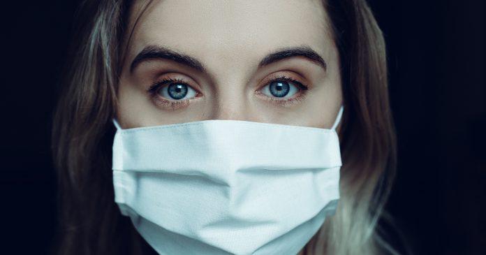 Holanda no obligará el uso de mascarilla porque no ha sido probada su eficacia