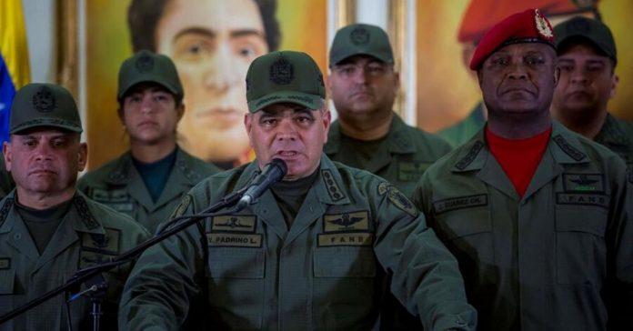 Mayor retirado a Padrino López: Hemos sacrificado lo suficiente y nuestra calidad de vida empeora