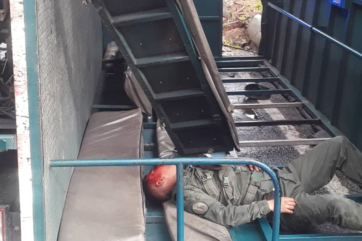 francisco fajardo camión militar