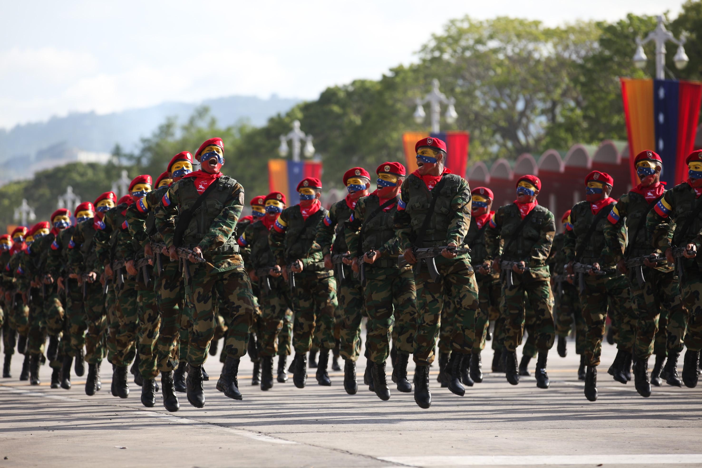 Confirman 160 casos de coronavirus en militares venezolanos
