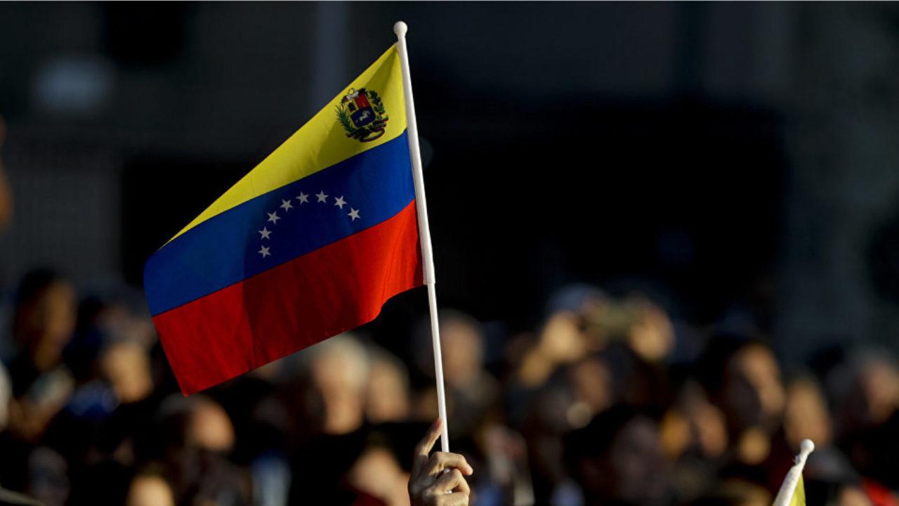 Venezuela marca récord de casos diarios por COVID-19 con 701