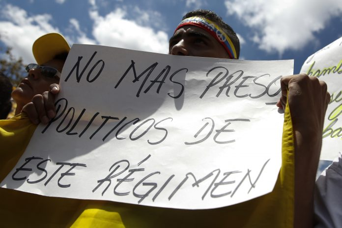 Foro Penal alertó que 334 presos políticos continúan privados de libertad