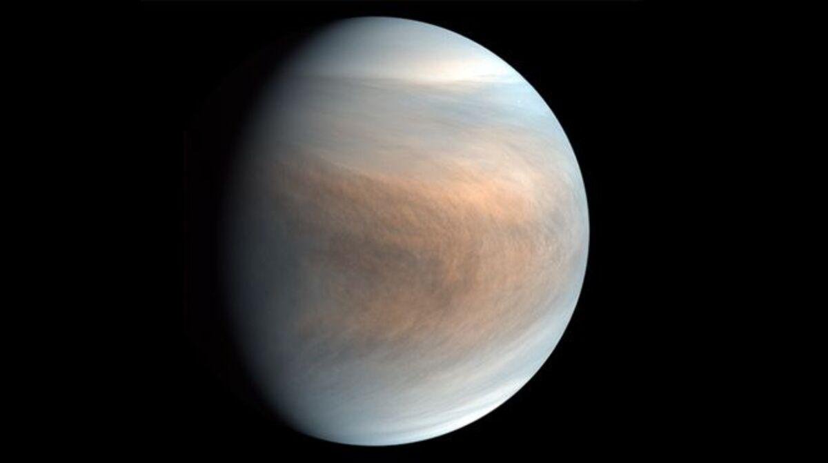 Fosfina en Venus: el extraordinario hallazgo que muestra que puede haber  indicios de vida en las nubes del sexto planeta más grande del Sistema Solar
