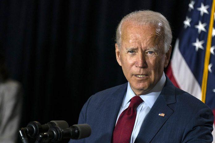 Biden en la víspera de las elecciones de EE UU prometió TPS para los venezolanos