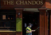 Inglaterra cerrará bares y restaurantes a las 10 de la noche por el covid-19