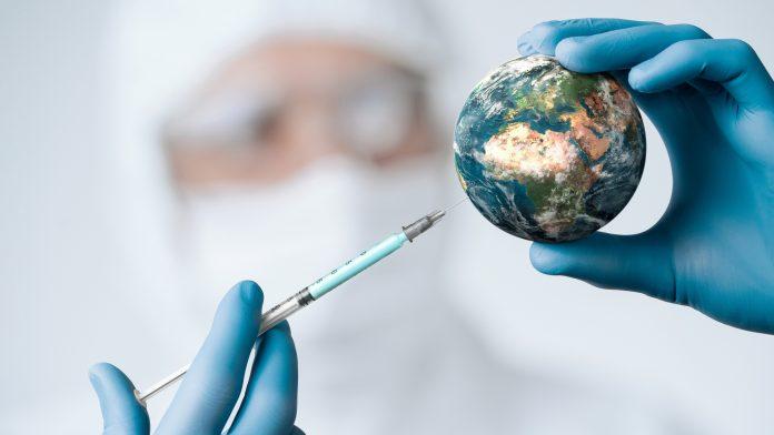 No habrá vacuna para todo el mundo hasta el 2024